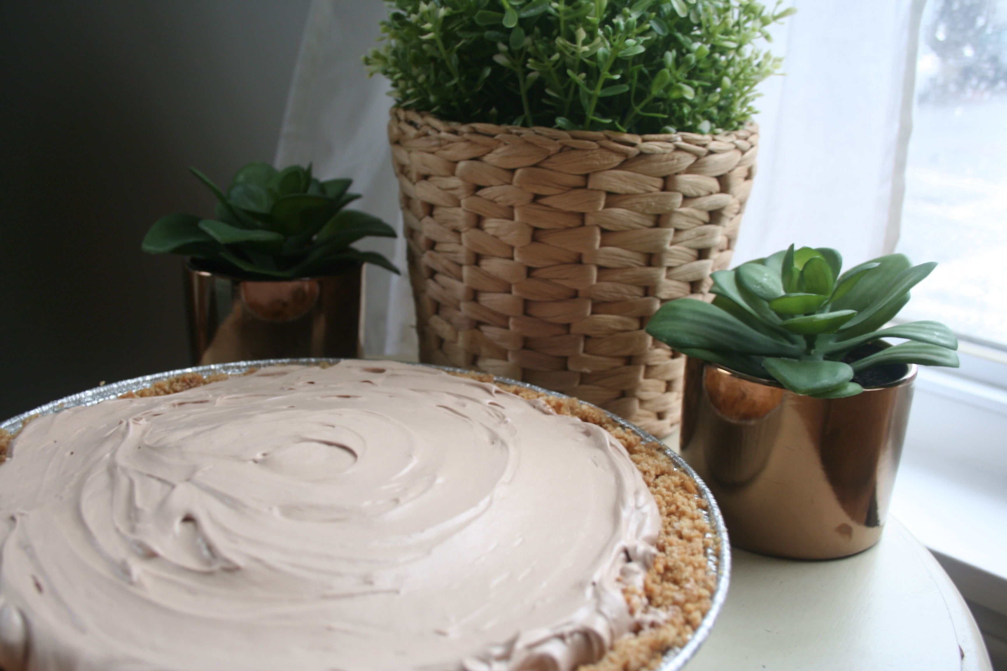 whipped nutella pie