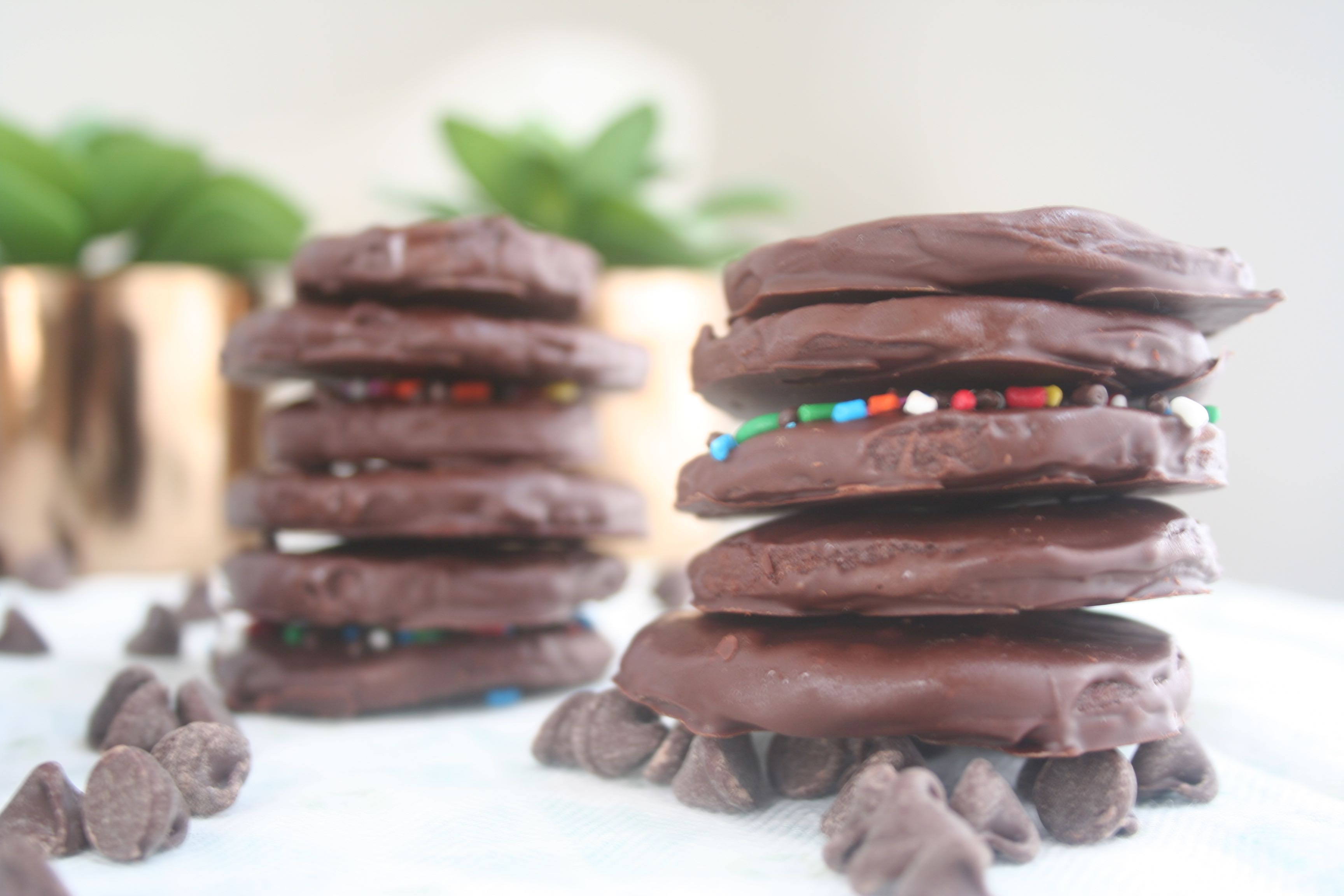chocolate mint cookies (thin mints)